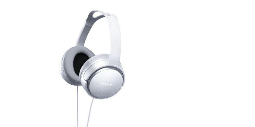 Sony MDRXD150, bílá uzavřená Hi-Fi sluchátka přes hlavu