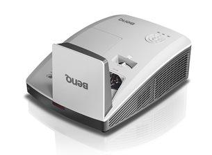 BenQ DLP Projektor MH856UST+ /1920x1080 1080p/3500 ANSI lm/10 000:1/HDMI/repro/Ultra Short Throw